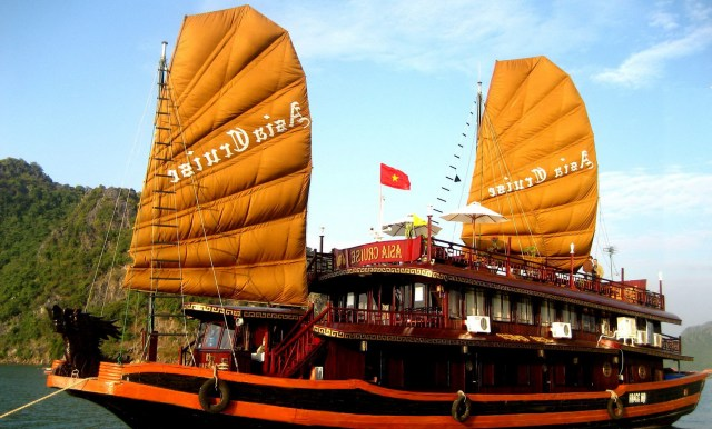 Hanoi and Halong Cruise